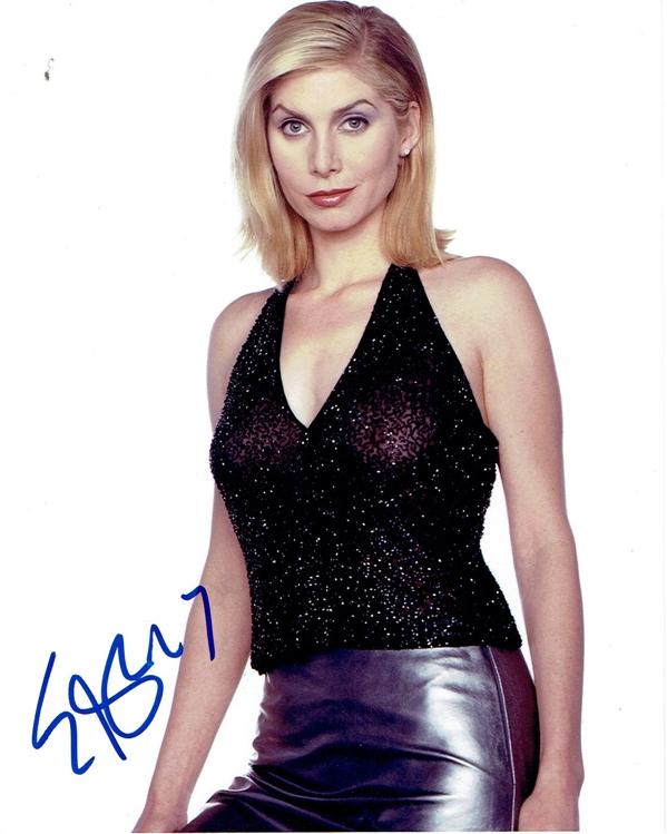 Elizabeth Mitchell Signed Photo