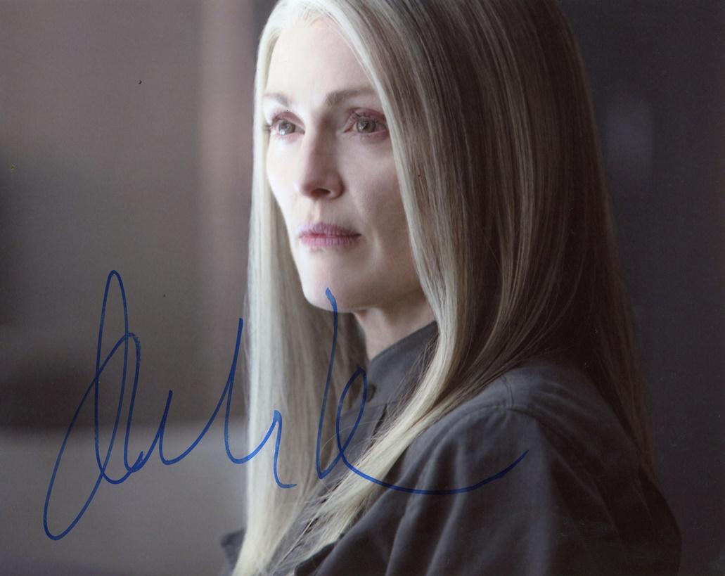 Julianne Moore Signed Photo