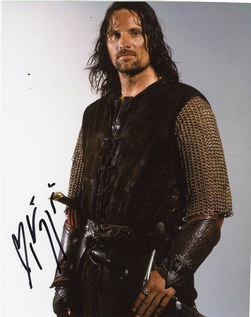 Viggo Mortensen Signed Photo