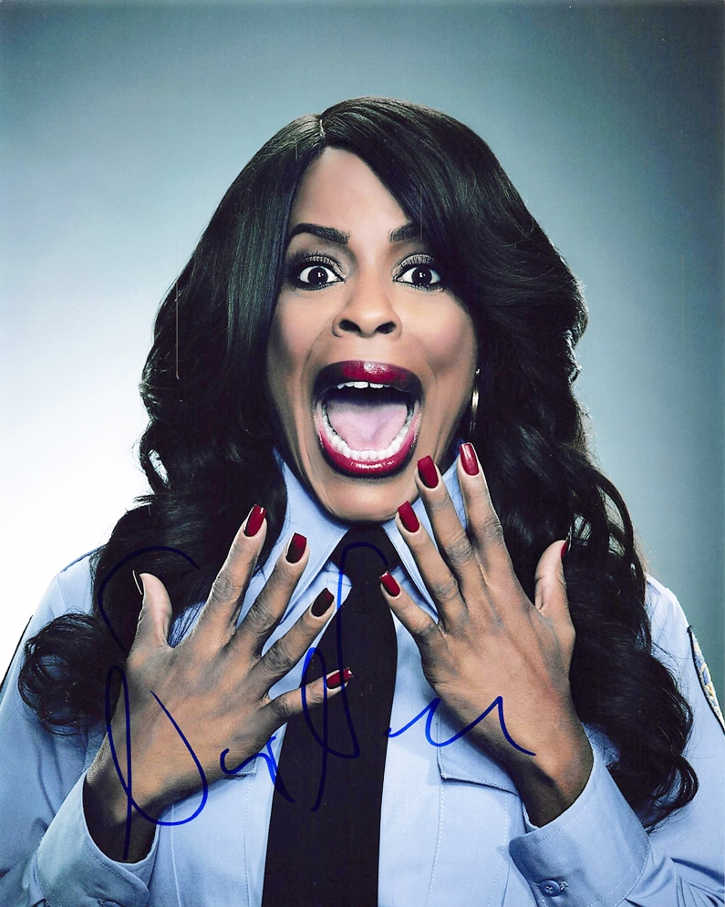 Niecy Nash Signed Photo