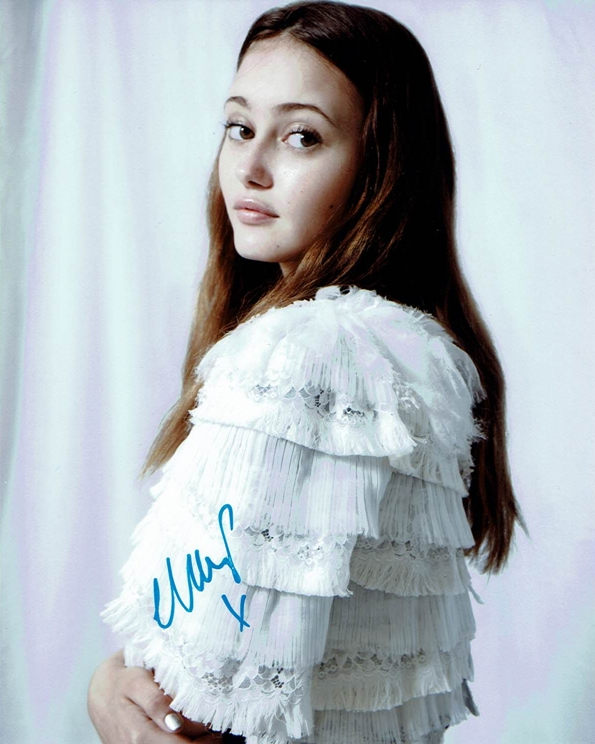 Ella Purnell Signed Photo