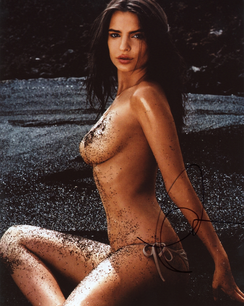 Emily Ratajkowski Signed Photo