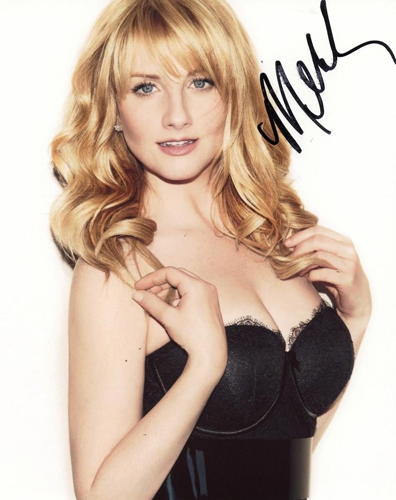 Melissa Rauch Signed Photo