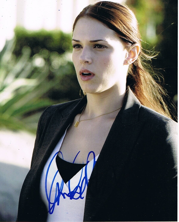 Amanda Righetti Signed Photo