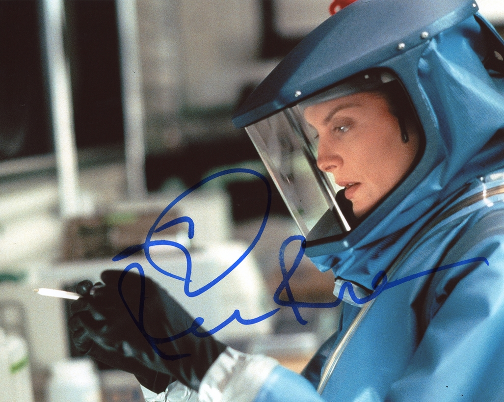 Rene Russo Signed Photo