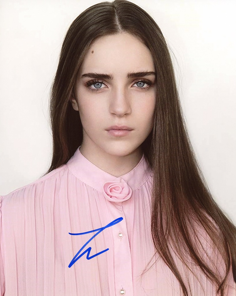 Talia Ryder Signed Photo