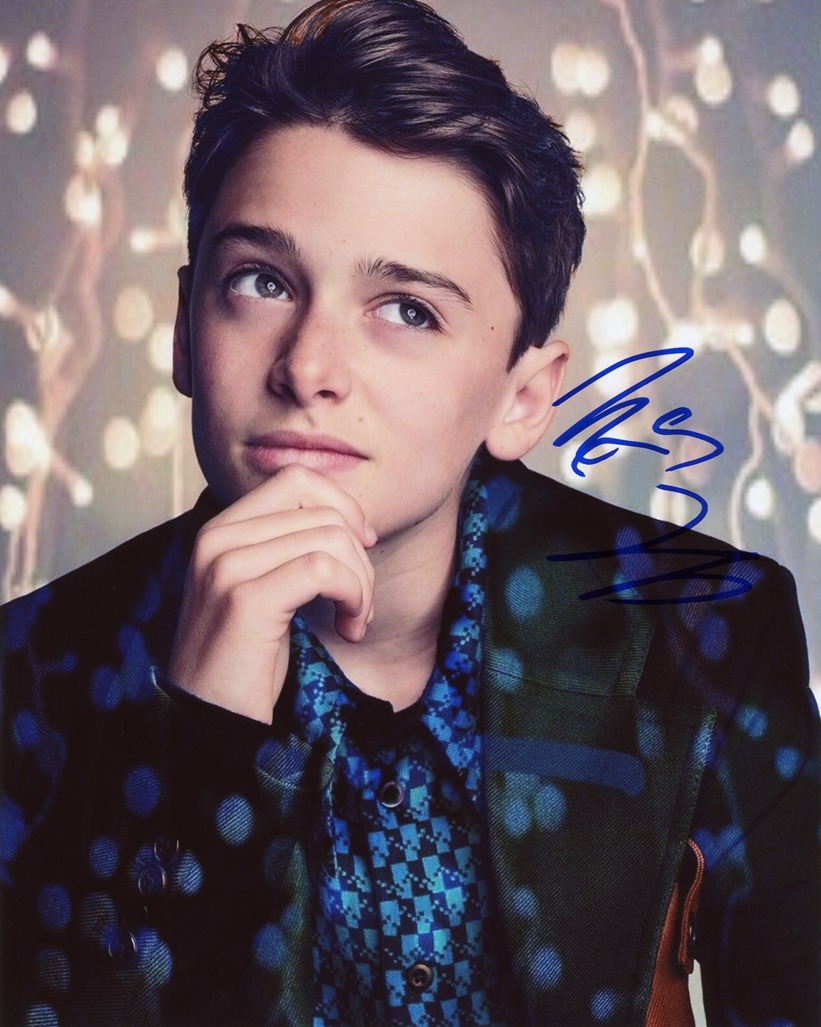 Noah Schnapp Signed Photo