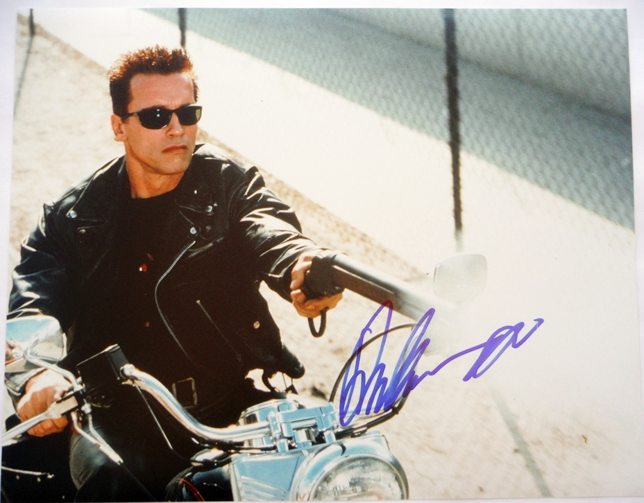Arnold Schwarzenegger Signed Photo