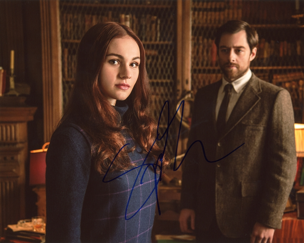 Sophie Skelton Signed Photo