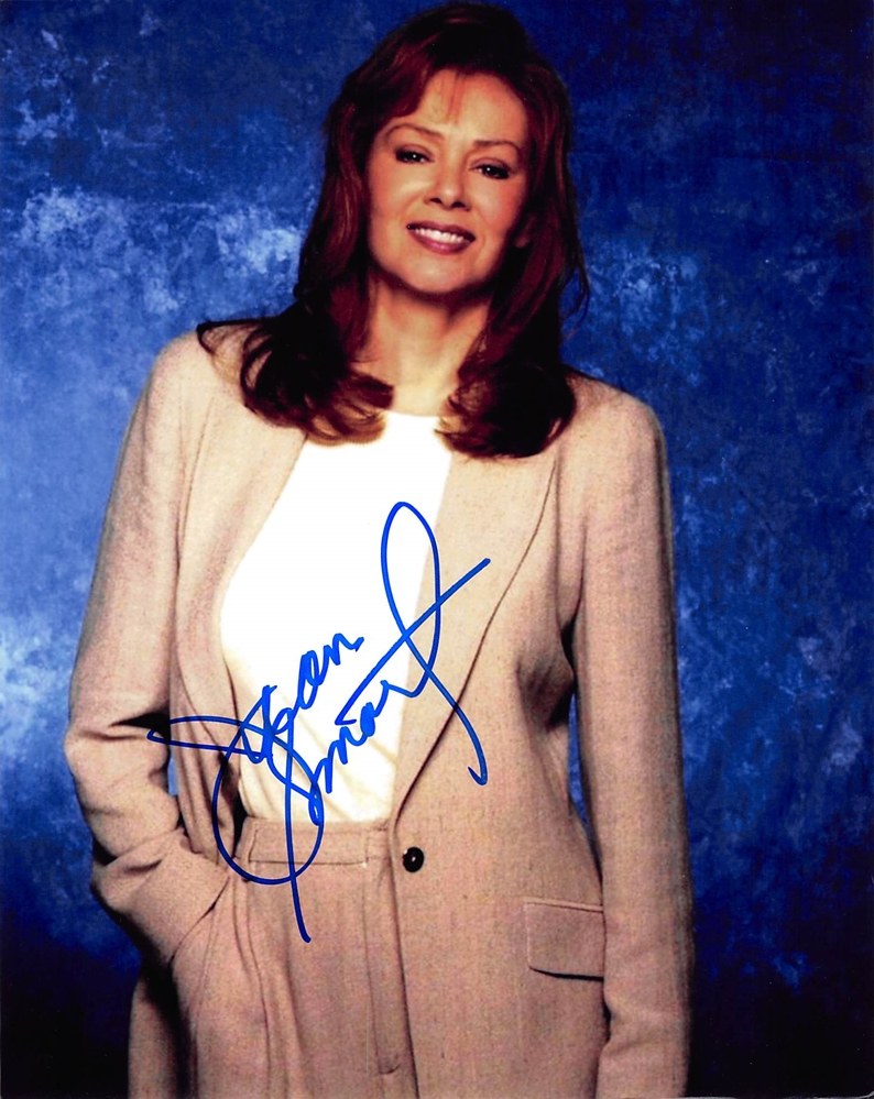 Jean Smart Signed Photo