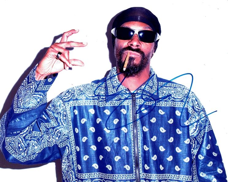 Snoop Dogg Signed Photo