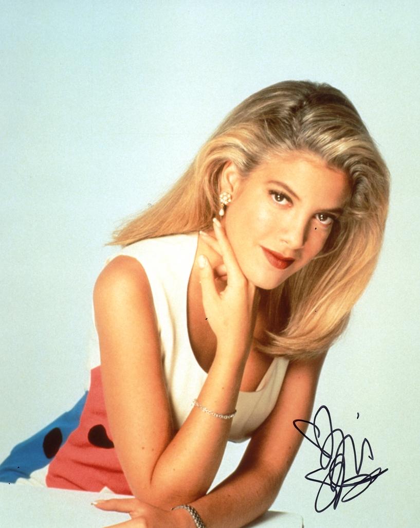 Tori Spelling Signed Photo