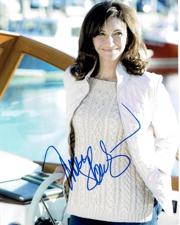 Mary Steenburgen Signed Photo