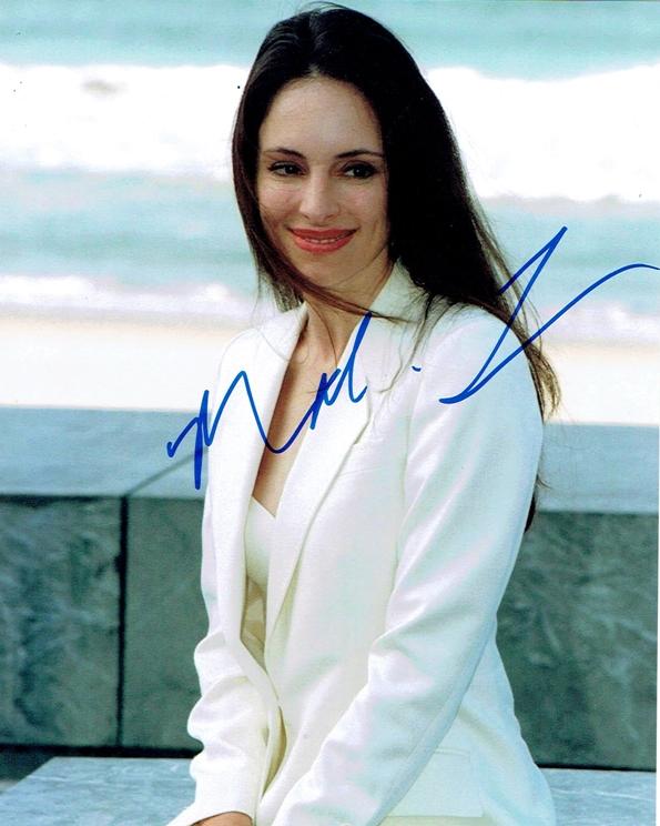 Madeleine Stowe Signed Photo