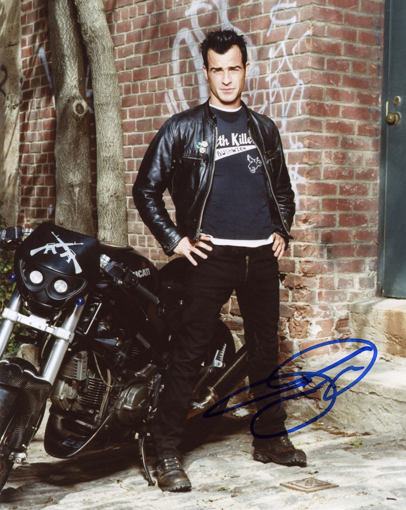 Justin Theroux Signed Photo