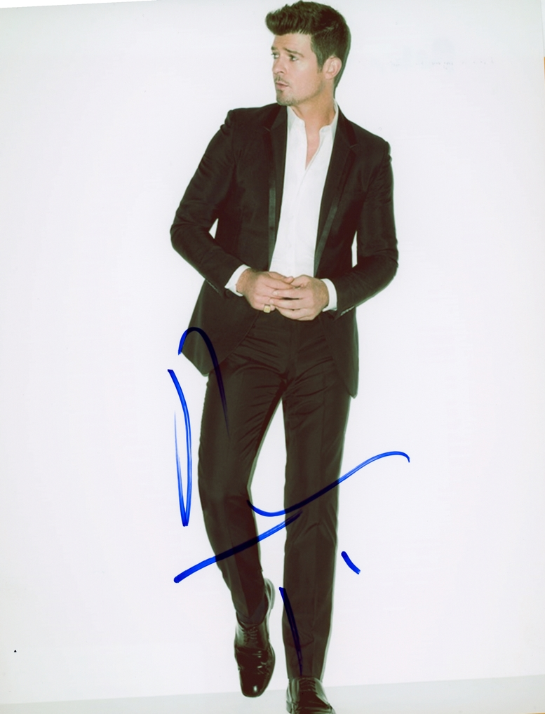 Robin Thicke Signed Photo