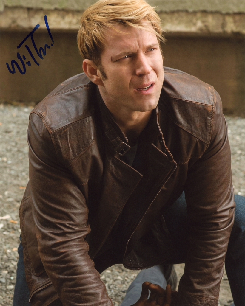 Wil Traval Signed Photo