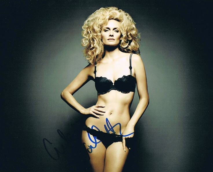 Amber Valletta Signed Photo