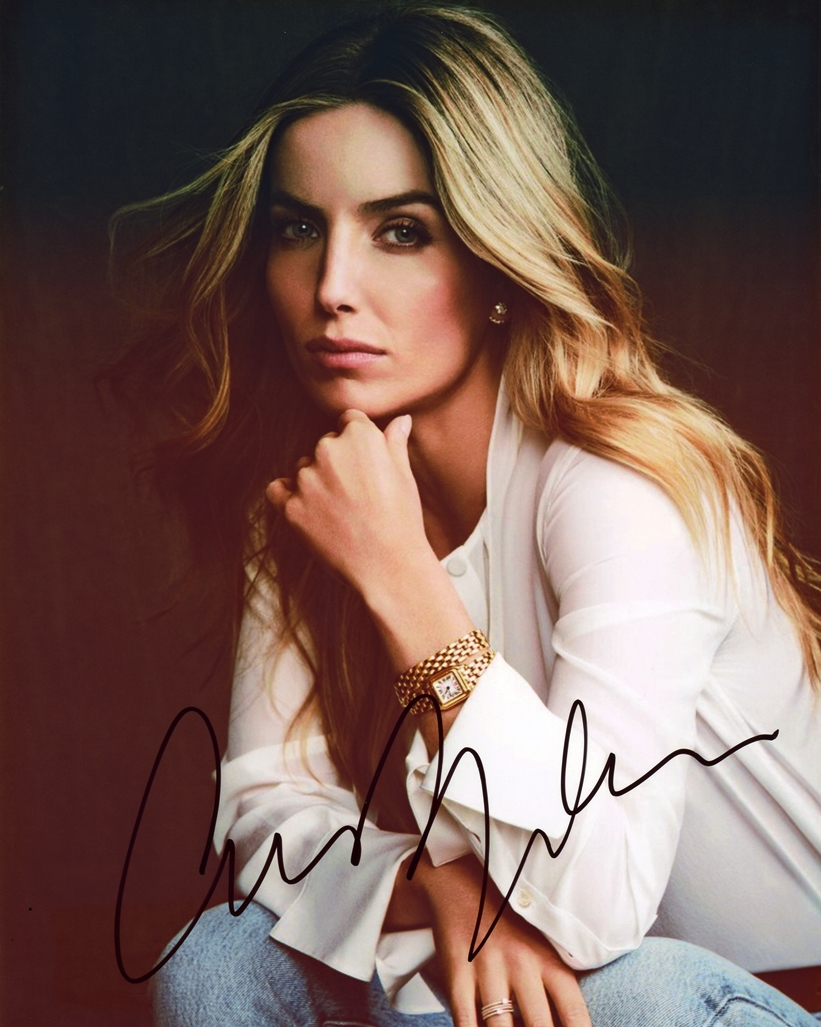 Annabelle Wallis Signed Photo