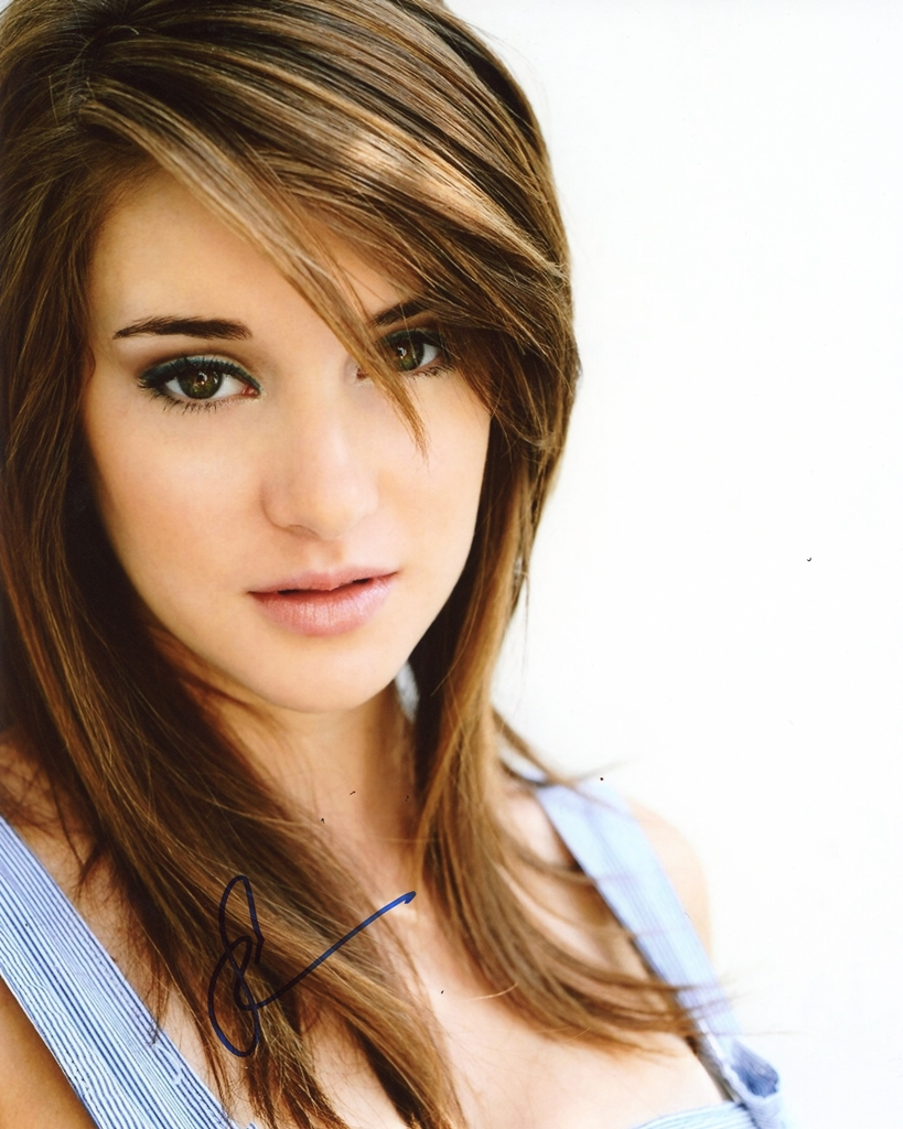 Shailene Woodley Signed Photo